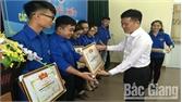 Khen thưởng nhiều tập thể, cá nhân có thành tích trong chiến dịch thanh niên tình nguyện