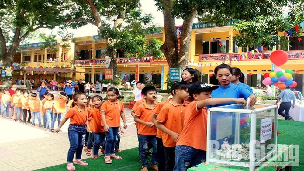 Liên đội trường Tiểu học Thanh Vân tổ chức Tết Trung thu