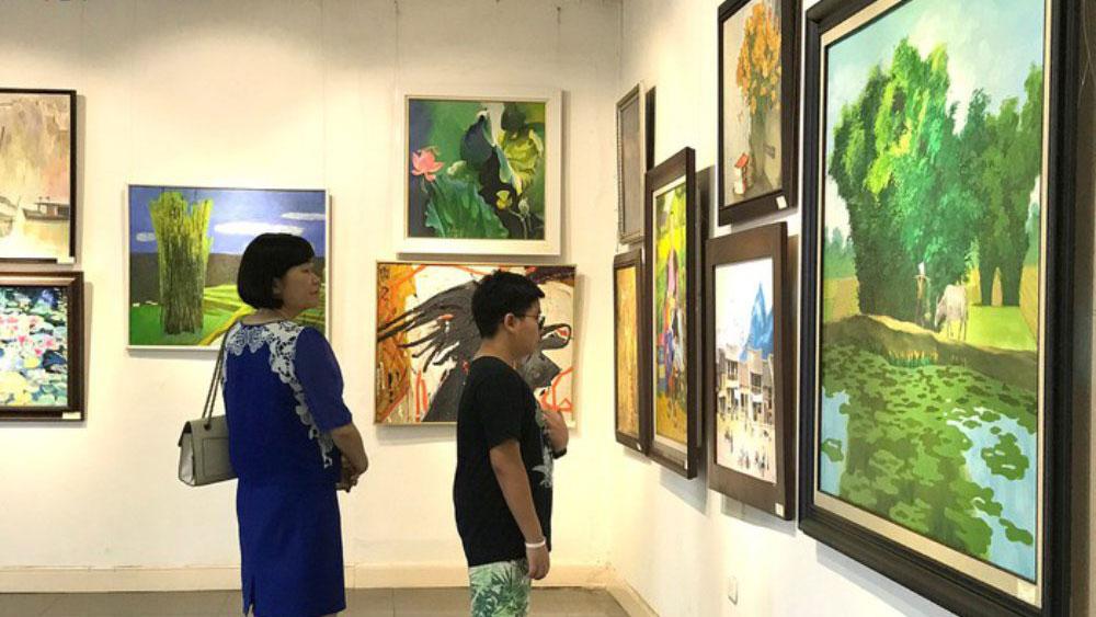 """Triển lãm """"Dấu ấn 2018"""" của gần 80 họa sĩ lão thành"""