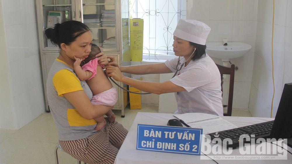 Bắc Giang: Bệnh nhi nhiễm bệnh sởi chủ yếu do chưa tiêm vắc-xin
