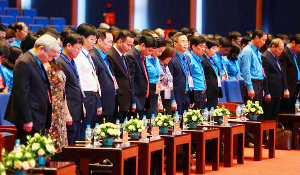 Vietnam Trade Union, 12th congress, Hanoi, trade union members, major political event, big festival, important issues, President Tran Dai Quang, practical guidelines, trustworthy representatives, national competitiveness