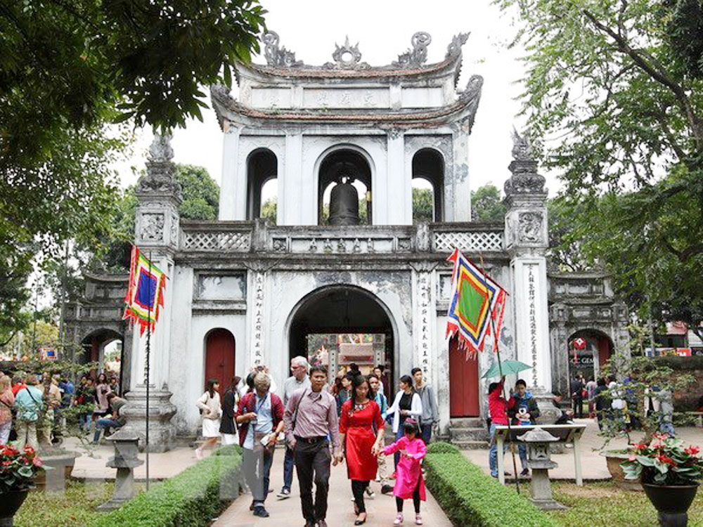 European travel agents, fact-finding tour, Hanoi, European nations, cooperation in tourism, tourism products, tourism promotion, tourist attractions