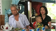 """Cả gia đình khổ sở vì 19 năm bị đồn nuôi """"ma thuốc độc"""""""