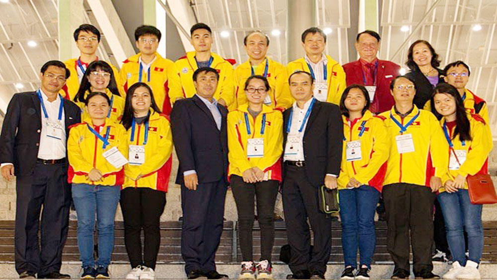 Vietnam, strongest team, Batumi Chess Olympiad, national chess team,  men's doubles, women's doubles, team's competition expenditure, international grandmasters