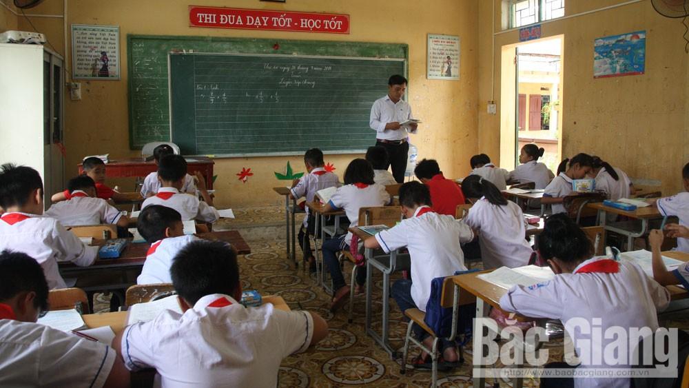 Sẽ sớm bố trí thay thế giáo viên xin nghỉ việc tại Trường Tiểu học Đức Giang