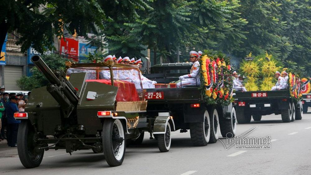Linh cữu Chủ tịch nước về đến quê nhà Ninh Bình