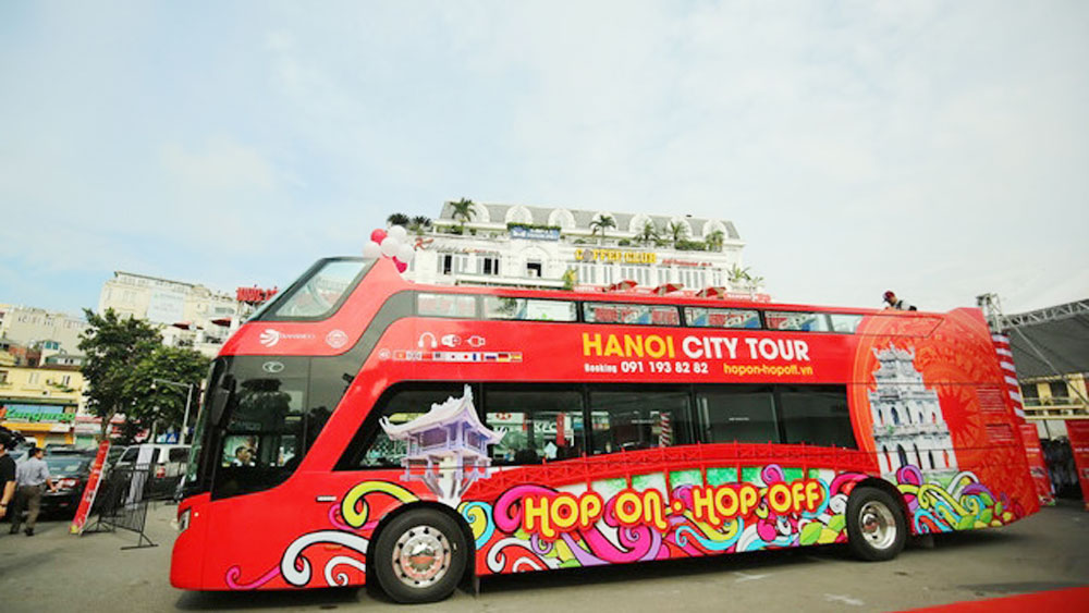 Hanoi to add more double-decker bus routes