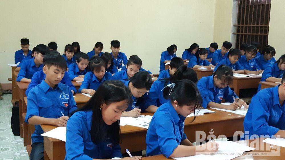 Chuyển đổi Trường THPT dân lập Hiệp Hòa số 2 thành trường tư thục