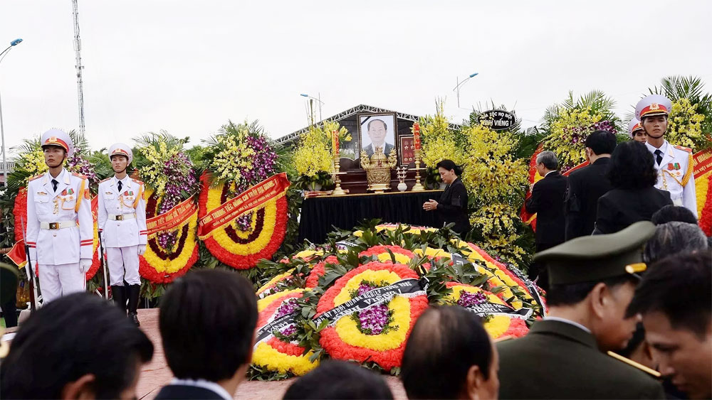 President Tran Dai Quang laid to rest in his home province