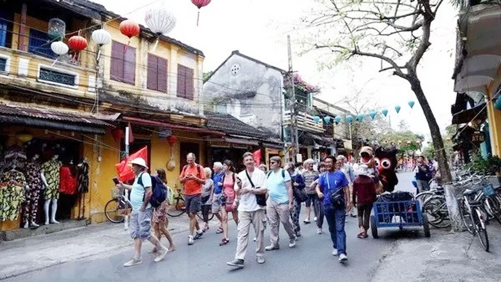 Vietnam Tourism Roadshow held in Indonesia