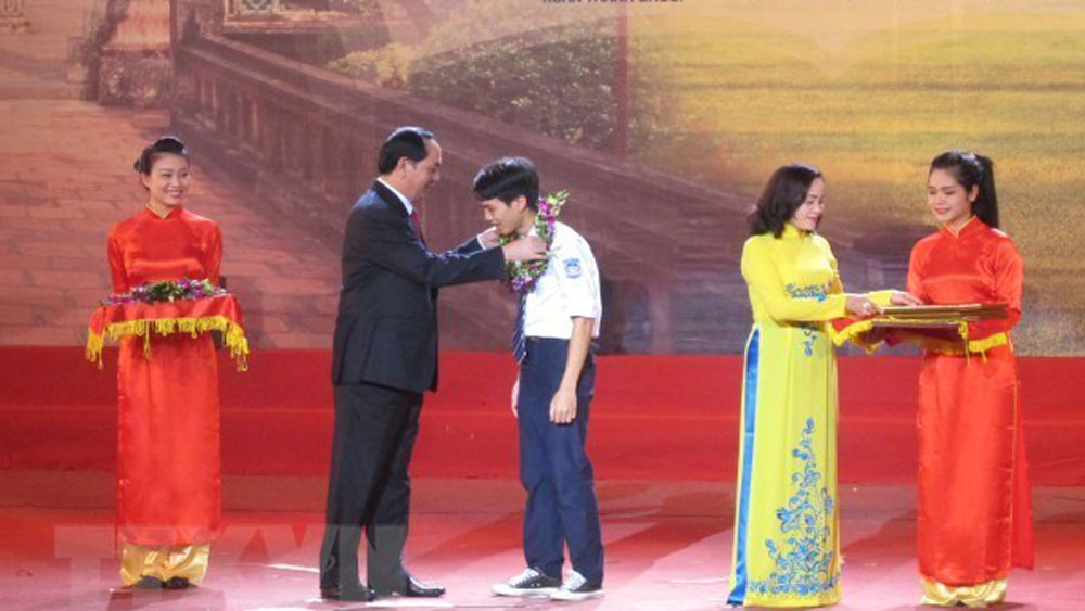 Dinh Bo Linh Foundation nurtures young talents