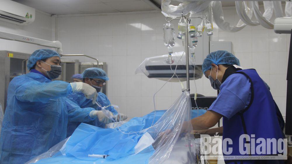 Bệnh viện Đa khoa tỉnh thành lập Khoa Ngoại lồng ngực - Chỉnh hình - Bỏng