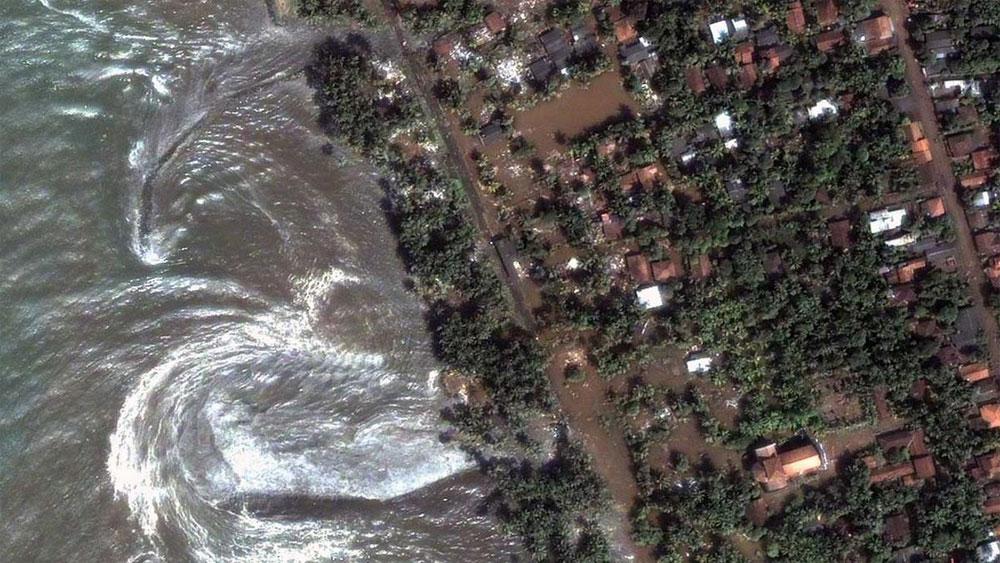 Động đất tại Indonesia: Ít nhất 5 người mất tích trong vụ sóng thần