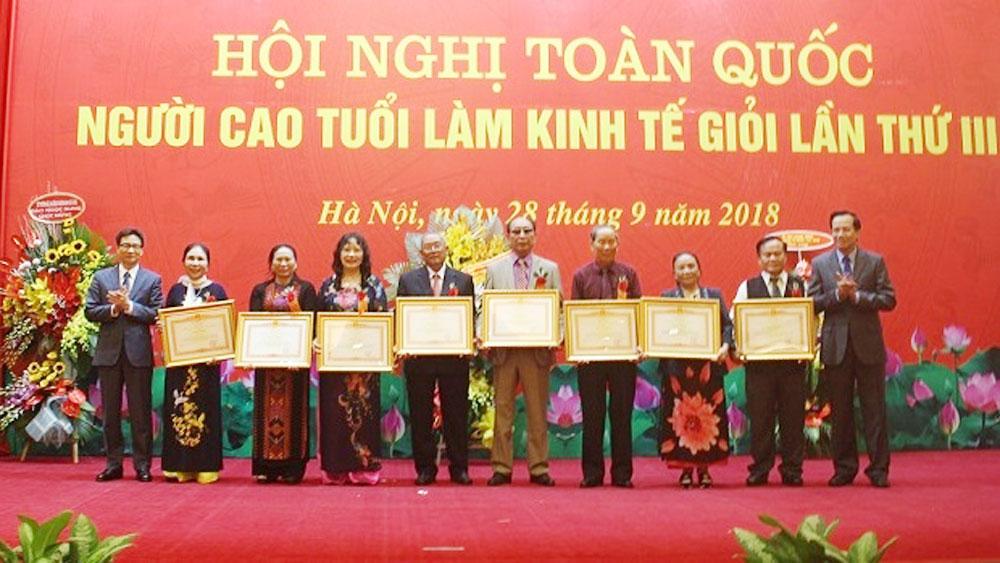 Deputy PM hails elders' contributions to national socio-economic development