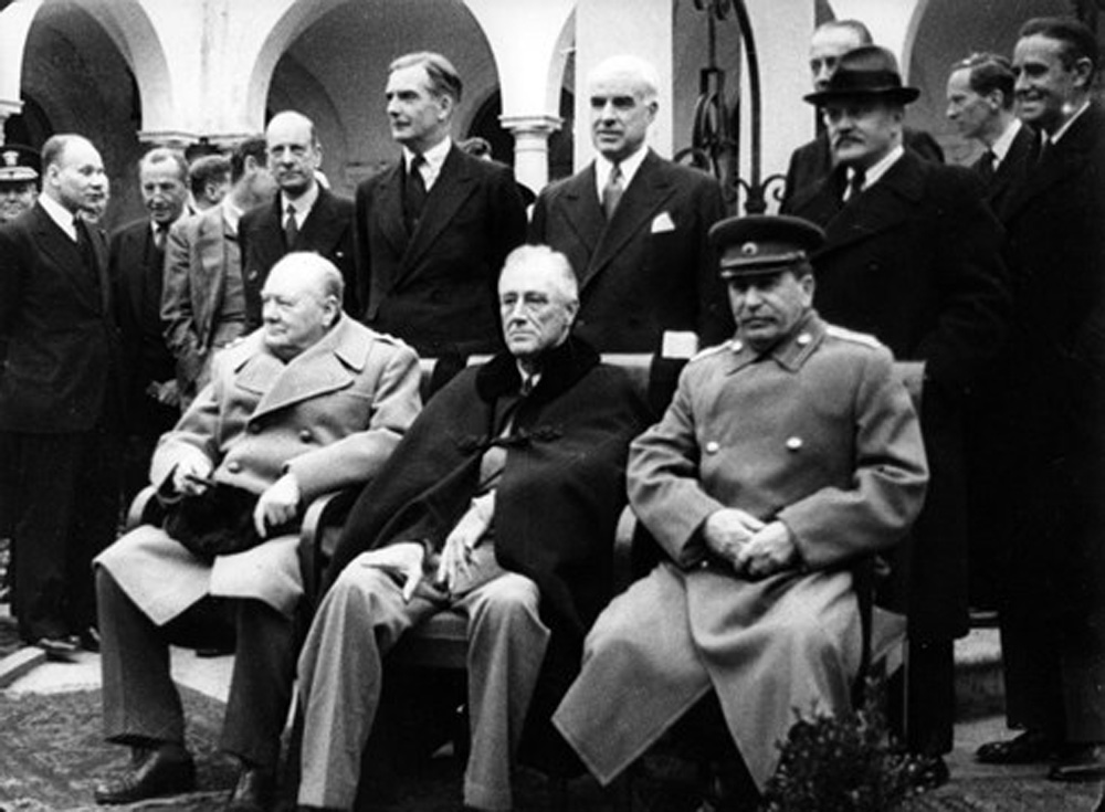 châm ngòi, Chiến tranh Lạnh, Mỹ và Nga, Liên Xô, cuộc xung đột, sự thống nhất, các nhà sử học, Churchill, Roosevelt, Joseph Stalin