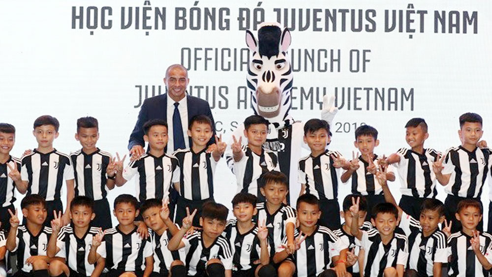 Juventus football academy, Vietnam, Juventus, Binh Minh Sports Marketing Corporation, Italy's Serie A,  modern infrastructure, professional trainers
