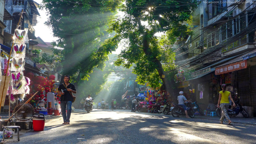 Hanoi, leading city destination award, World Travel Awards, World Tourism Organization, big cities, great opportunity, international friends, ancient capital,  culture and historical relics
