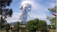 Núi lửa phun cao 4000m trên đảo Sulawesi vừa bị động đất và sóng thần