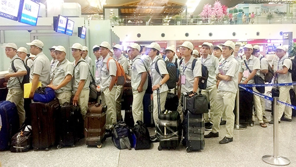 Vietnam sends over 102,000 labourers working abroad during Jan-Sep
