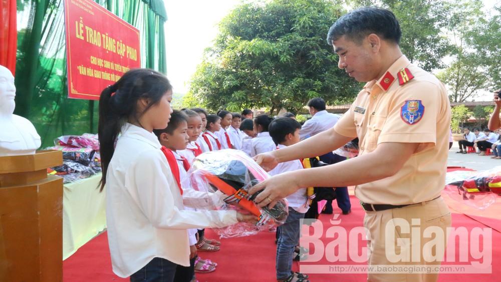 Cặp phao, Ban ATGT, tỉnh Bắc Giang, Xã Hộ Đáp, huyện Lục Ngạn