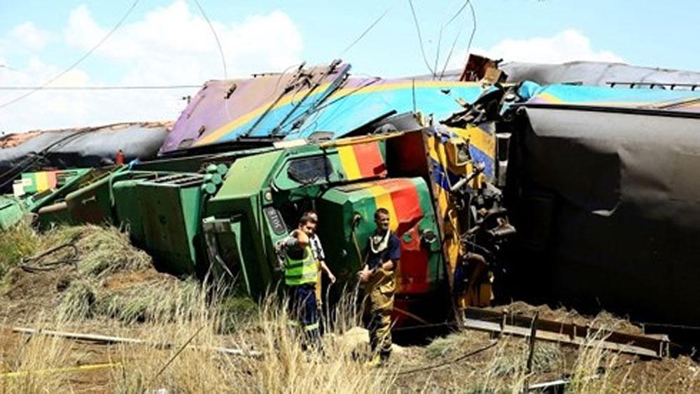 300 người bị thương trong vụ va chạm tàu hỏa ở Nam Phi