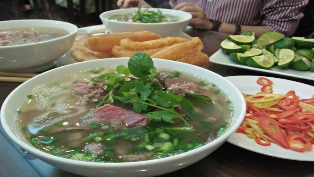 best soups, chill autumn day, pho, American gourmet, Saveur, best Asian soups, immense diversity, Asian cuisine, nutritious broth