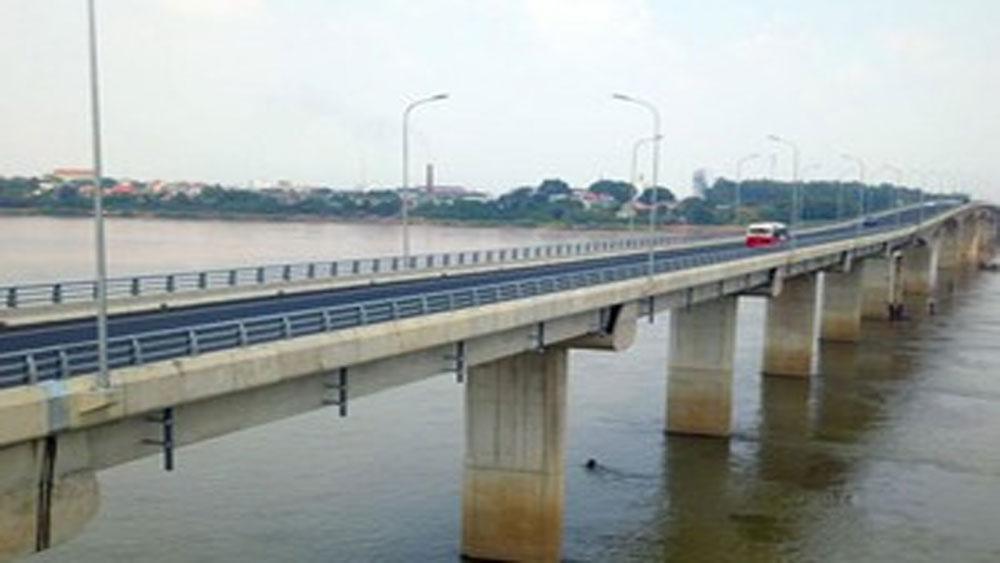 Từ ngày 1-12, sẽ thu phí cầu nối Hà Nội - Việt Trì, giá cao nhất 185.000 đồng/lượt/xe