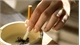 Không để cơ thể phụ thuộc vào nicotin trong khói thuốc