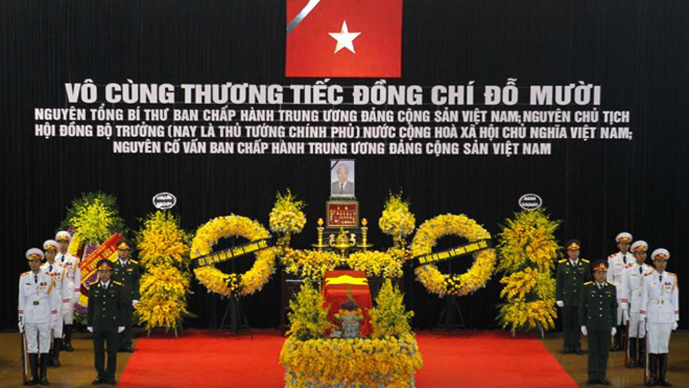 State funeral, former Party General Secretary, Do Muoi, National Funeral Hall, funeral guest book, national independence, respect-paying ceremony
