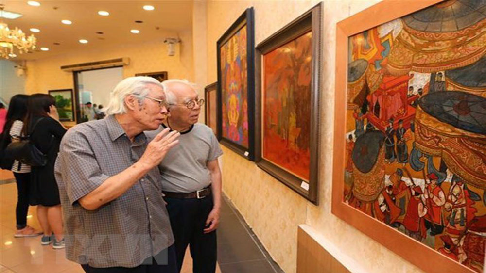 Exhibition, Hanoi liberation anniversary, people, culture and history,  64th liberation anniversary, daily activities, young artists,   enthusiastic works