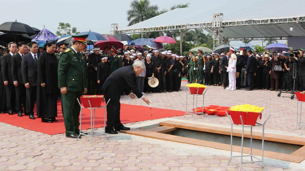 Lễ an táng nguyên Tổng Bí thư Đỗ Mười tại quê hương