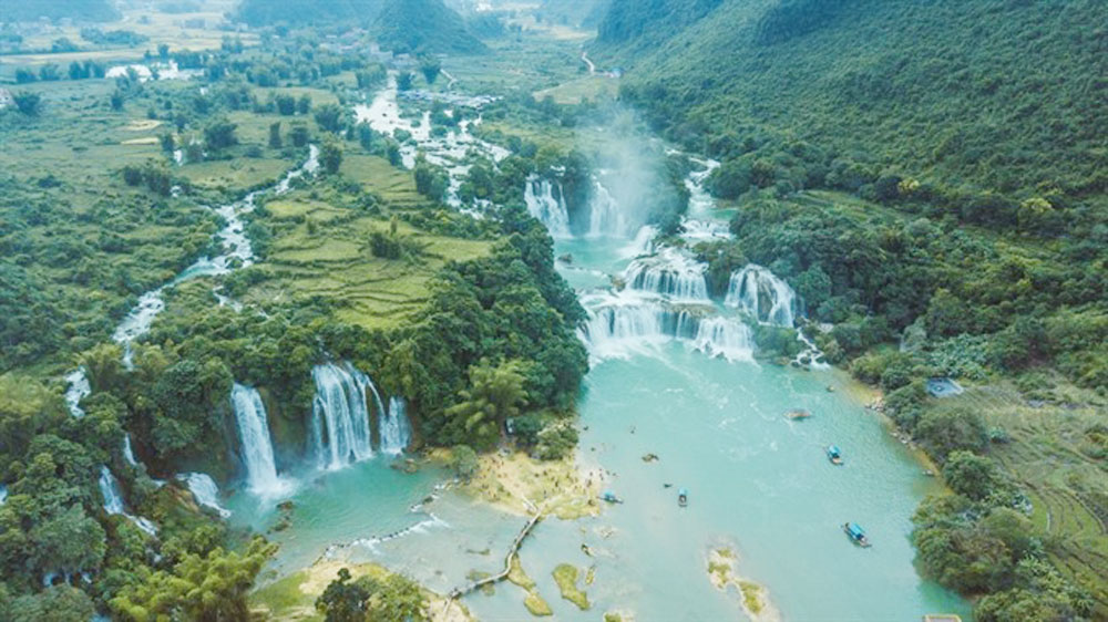 Ly Son geopark, central province, global status,  UNESCO, Global Geoparks Council, UNESCO recognition, cultural and natural values, local products