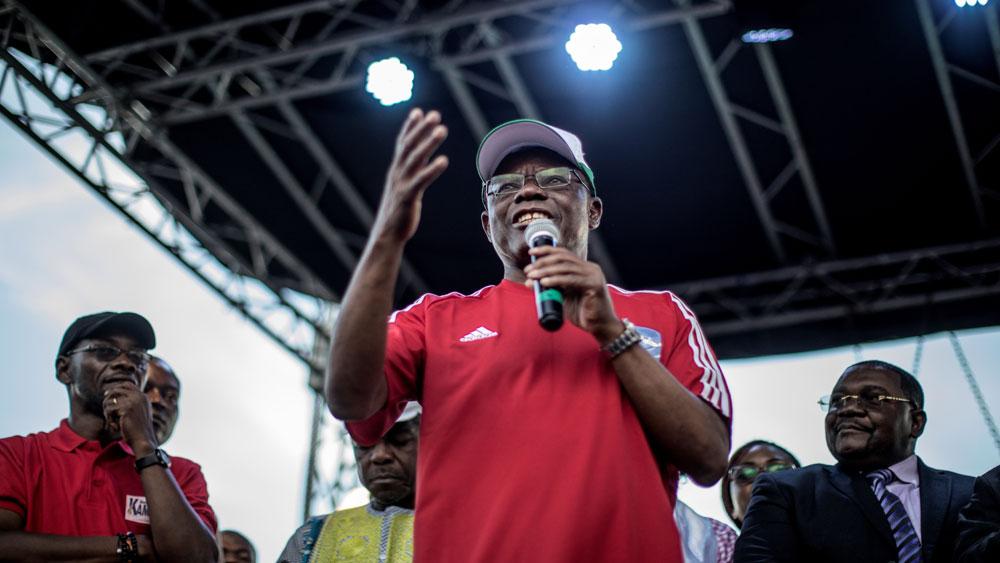 """Bầu cử Tổng thống Cameroon: Tuyên bố thắng cử của ứng cử viên đối lập là """"vi phạm luật pháp"""""""