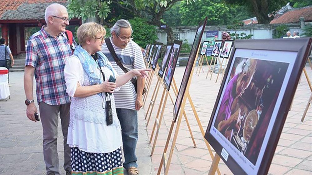 """Triển lãm ảnh """"Hà Nội trong tôi lần thứ 13– năm 2018"""""""