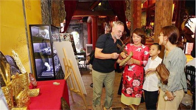 Cultural activities celebrate Hanoi's liberation anniversary