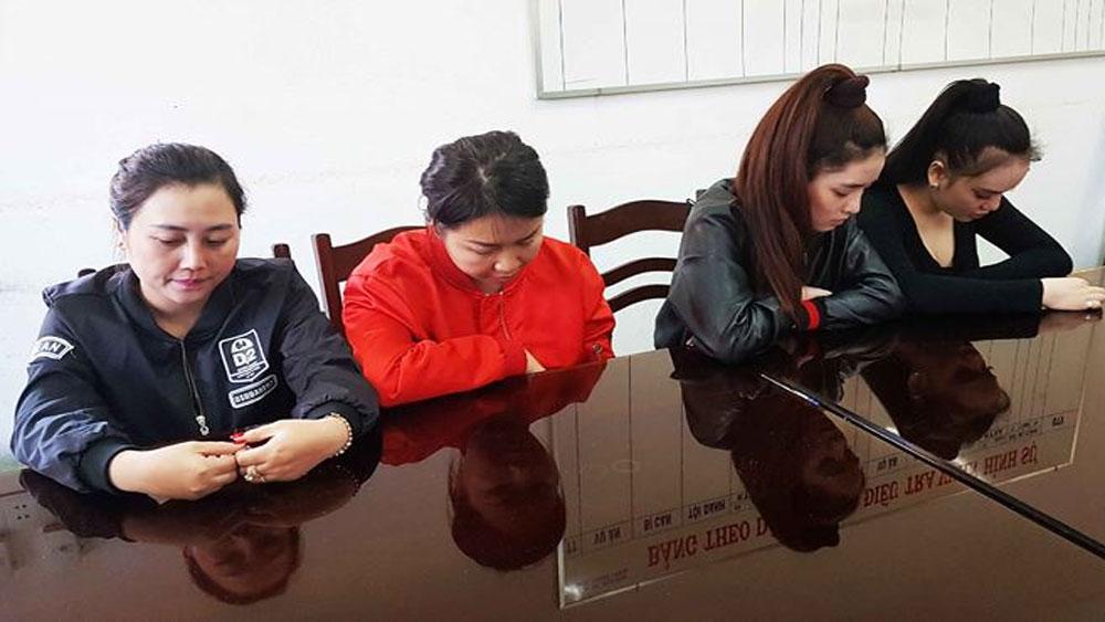 Điều tra nhóm phụ nữ áp tải nhân viên Spa ra cầu để đánh