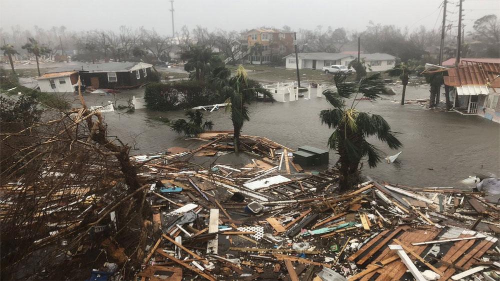 Sức tàn phá, khủng khiếp, cơn bão, mạnh nhất, 50 năm, đổ bộ, bờ Đông nước Mỹ