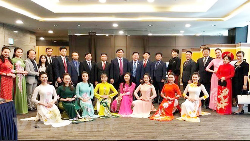 Vietnamese tourism, RoK, Gwangju city, travel firms, tourism promotion,  cooperation and friendship, considerable attainments, attractive destinations