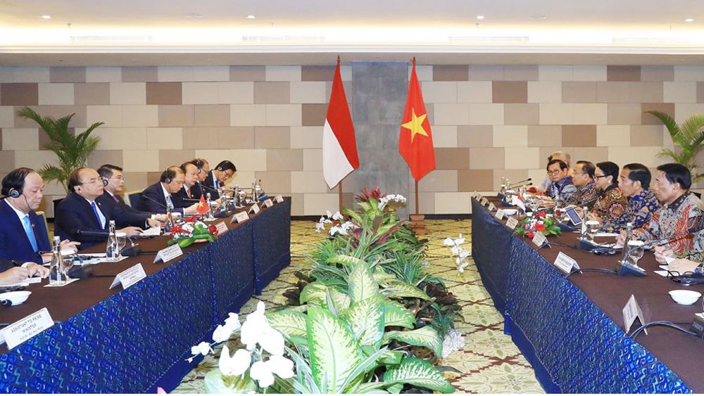 Thủ tướng Nguyễn Xuân Phúc hội đàm với Tổng thống Indonesia Widodo