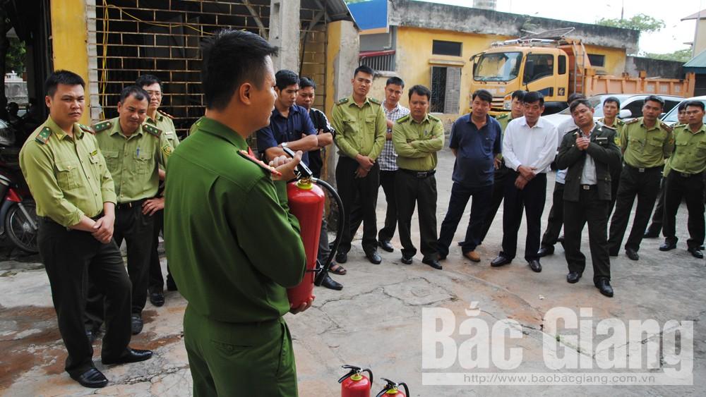 Trang bị kiến thức, nghiệp vụ phòng cháy chữa cháy rừng cho lực lượng kiểm lâm
