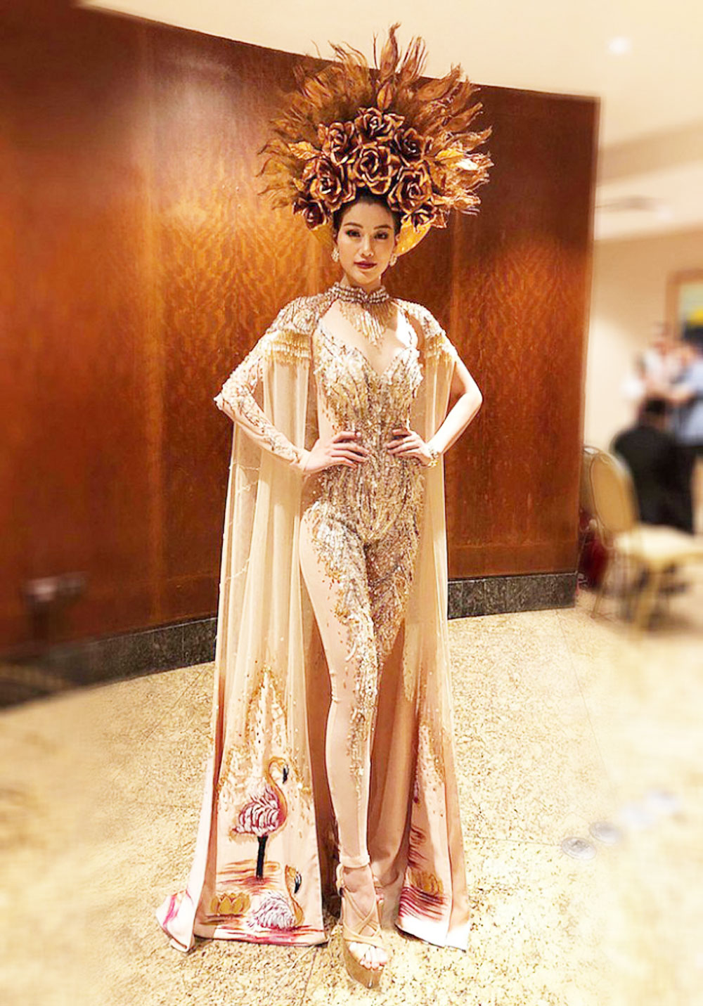 Vietnamese contestant, Miss Earth costume, Nguyen Phuong Khanh, Asia & Oceania region,  national costume round, ancient story