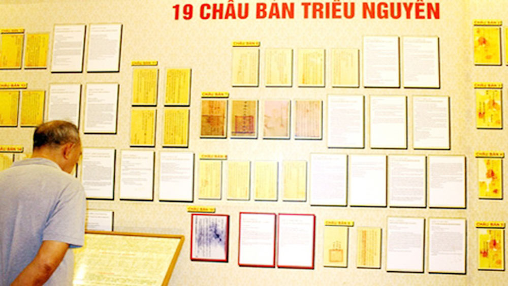 Nguyen Dynasty's reforms expressed through chau ban