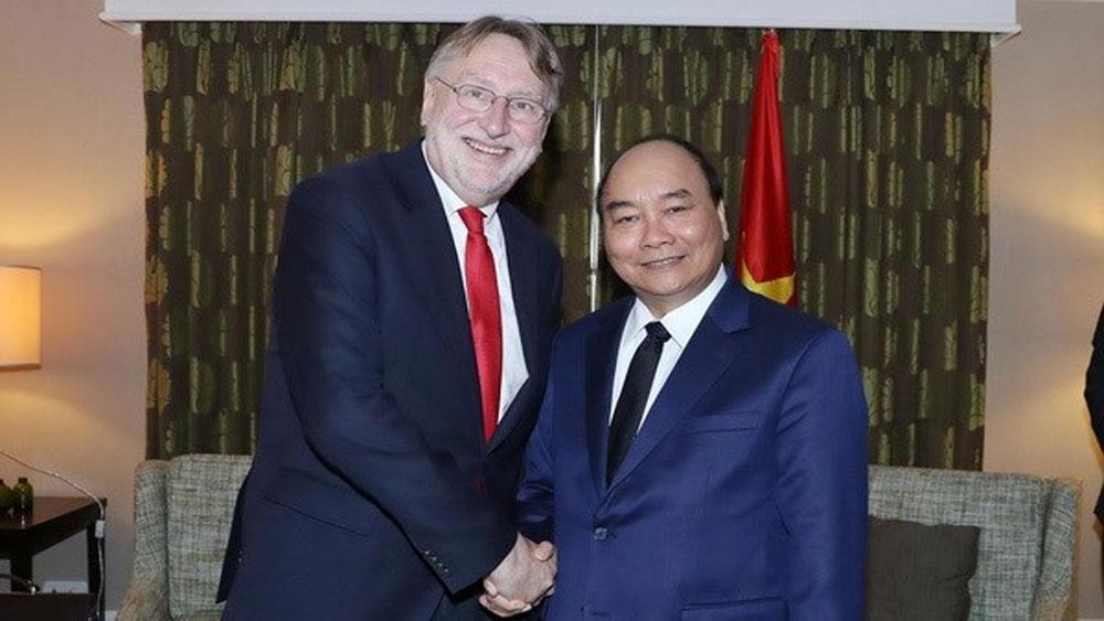 Thủ tướng, Nguyễn Xuân Phúc, làm việc, EU, Ủy ban Châu Âu, thông qua, EVFTA