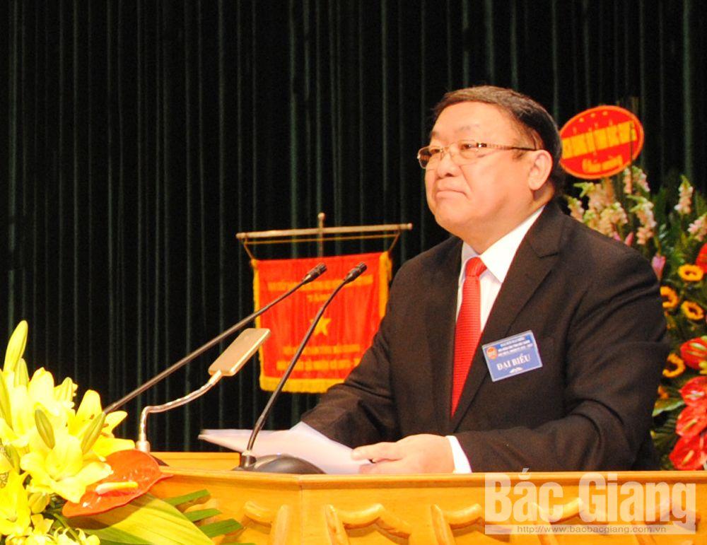 Chủ tịch T.Ư HND Việt Nam Thào Xuân Sùng phát biểu tại Đại hội.