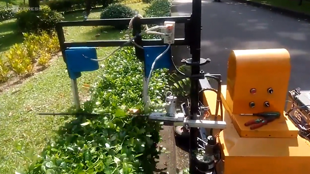 Robot tỉa cây do sinh viên TP HCM chế tạo