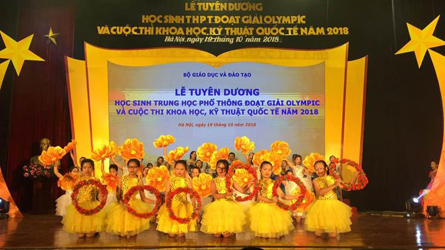 Bộ Giáo dục và Đào tạo, tuyên dương học sinh giỏi quốc tế, Trịnh Duy Hiếu, Bắc Giang
