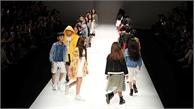 Dàn mẫu nhí Việt sải bước tự tin trên sàn thời trang quốc tế