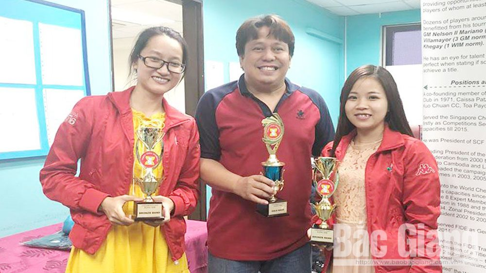 Bac Giang chess players, two bronzes, Singapore Open Chess Tournament, Bac Giang province, international chess master, regional countries, rapid chess category