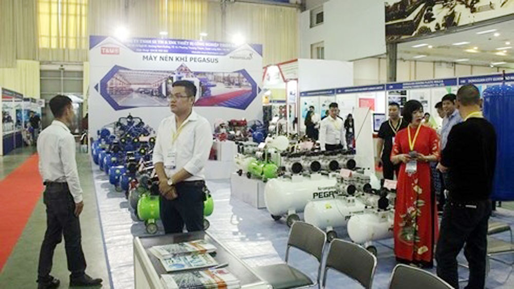 Over 250 enterprises participate in Vietnam International Industrial Fair