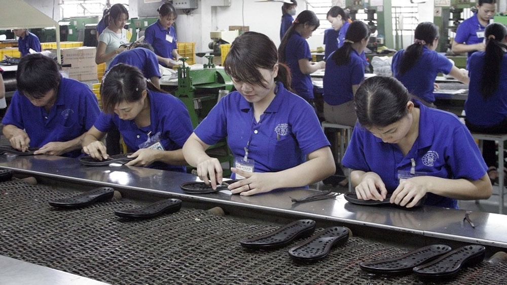 Vietnam is world's third largest exporter of shoes and leather